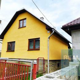 Ponúkame na predaj rodinný dom nachádzajúci sa v obci Dlhé Pole