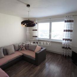 TUreality Vám ponúka na predaj útulný, svetlý 3-izbový byt v dobrej lokalite ulica Na Hôrke sídliska Klokočina-Diely v Nitre. VÝHODY NEHNUTEĽNOSTI:+ ...