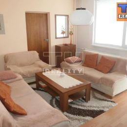 TU REALITY ponúka na predaj 4 izb byt (82 m2), s výťahom, na Bučinovej ulici vo Vrakuni.Byt je na 4.posch (4/8) zrekonštruovaného a zatepleného ...