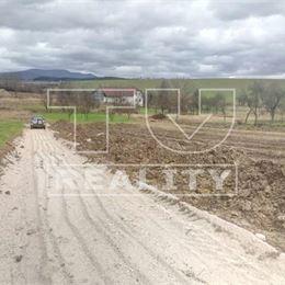 Na predaj slnečný stavebný pozemok 1722 m2 (cca 50m X 30 m)v tichej lokalite s krásnym výhľadom v obci Neporadza okres Trenčín. K pozemku patrí aj ...