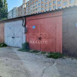Na predaj garáž v garážových priestoroch na sídlisku Nad Jazerom v Košiciach v OV aj s pozemkom. Dispozične sú jednotlivé garáže dobre situované do ...