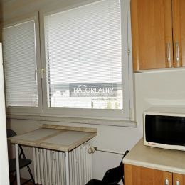 Ponúkame na predaj jednoizbový byt po čiastočnej rekonštrukcii v Bratislave- Dúbravka, na ulici Karola Adlera. Podlahová plocha bytu vrátane ...