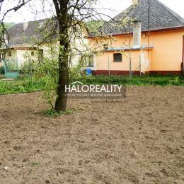 Ponúkame na predaj starý rodinný dom vhodný na bývanie ale aj ako chalupa v obci Valaská Belá okres Prievidza, ktorý je postavený na rovinatom ...