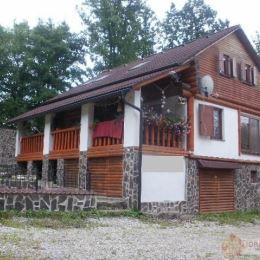 DRAGON REAL,s.r.o. – Ponúkame na predaj krásnu priestrannú chatu na Domaši oblasť Holčíkovce s pozemkom o rozlohe cca 2000 m2. Chata pozostáva zo ...