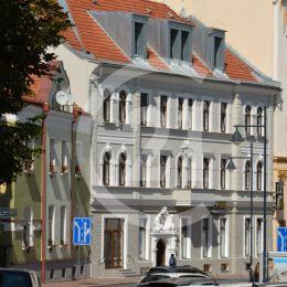 Prenájom lukratívnych priestorov vhodných ako kancelária alebo poskytovanie služieb v centre Banskej Bystrice
