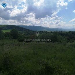 Na predaj stavebný pozemok v obci Drienica