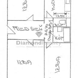 Na predaj 3 izbový byt v lokalite Štós, Košice - okolie. Úžitková plocha 78 m2. Stav nehnuteľnosti: pôvodný. Energetický certifikát: Nemá. Poschodie: ...