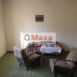 Ponúkame Vám exkluzívne na predaj 3 izbový rodinný dom v Žiline v mestskej časti Trnové. Rodinný dom o zastavanej ploche 120m2 stojí na rovinatom a ...