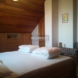 Ponúkame Vám exkluzívny predaj murovanej rekreačnej chaty len 300 m od termálneho kúpaliska v Podhájskej. Je vhodná na rekreačné účely, prípadne na ...