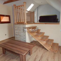 Ponúkame na predaj kompletne zrekonštruovaný rodinný dom v centre Tornale o rozlohe 220m². Celková plocha pozemku je 477m². Rodinný dom prešiel ...
