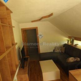 Na prenájom 3 izbový byt v rodinnom dome Nitra Čermáň