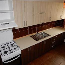 Jú na predaj kompletne zrekonštruovaný 2-izb. byt, ktorý sa nachádza na prízemí(vyvýšenom) v zateplenej bytovke, Zvolen centrum. O veľkosti 60m2. Byt ...