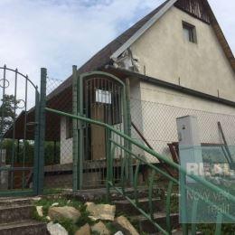 Ponúkame na predaj peknú chatku v Dubnici nad Váhom - Kalvária.
