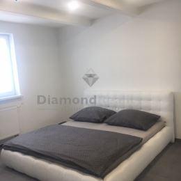 Ponúkame na predaj krásny rodinný dom Dolné Obdokovce - aj na výmenu bytu v Nitre