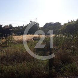 Century21 ponúka na predaj stavebný pozemok o rozlohe 600 m2 v mestskej časti Lukov Dvor.Cena 61000 eur.Info na tel.č.:0907082911