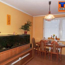 Na predaj 2 izbový byt na Chrenovej v Nitre. Byt je vo vyhľadávanej lokalite s dobrým parkovaním. V blízkosti je škôlka, obchody, zastávka MHD. ...
