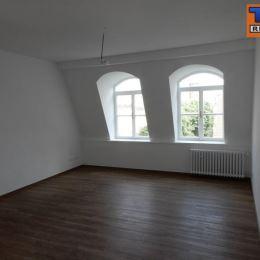 Na predaj pekný 2-izb. byt o výmere 60m2 plus balkón o výmere 3,5m2. Byt sa nachádza na piatom poschodí z piatich v zrekonštruovanom obytnom dome na ...