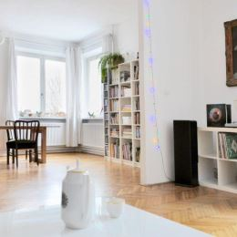 Na predaj tehlový 5-izbový rodinný dom v centre Žiliny. Nachádza sa v tichej ulici na rovinatom pozemku o celkovej výmere 420m2. Za domom sa nachádza ...