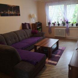 TuReality Vám exkluzívne ponúka na predaj krásny a veľkometrážny 4 izbový byt v Martine časť Priekopa. Byt prešiel kompletnou rekonštrukciou, ...