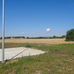 TUreality ponuka na predaj pozemok o výmere 15918 m2 s možnosťou využitia na vybudovanie skladového objektu, administratívnej budovy alebo ľahkej ...