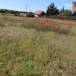 Na predaj rovinatý stavebný pozemok v obci Jablonec, ktorý je situovaný kúsok od obce Cífer. Pozemok má výmeru 860 m2, šírka pozemku je 25 m. ...