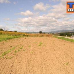 Na predaj slnečný, rovinatý, stavebný pozemok s celkovou rozlohou 1022 m2, v zastavanej časti obce Medzany, len 12 km od mesta Prešov. K pozemku ...