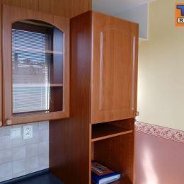 Na predaj krásny jednoizbový byt o výmere 35m2 v tichej lokalite mesta Myjava. Byt sa nachádza na 4/6 poschodí s výťahom, je po čiastočnej ...