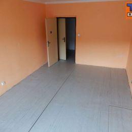 Na predaj 2 izbový byt v pôvodnom stave s balkónom, v meste Zvolen, časť Sekier - Lipovec o veľkosti 66m2. Byt sa nachádza na 5/5 poschodí v ...