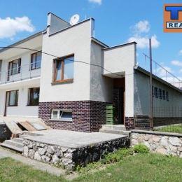 Exkluzívne na predaj 6+1 izbový rodinný dom blízko centra Zvolena - Ulica 1. mája. Dom sa nachádza na rovinatom pozemku o rozlohe 700m2. Zastavaná ...