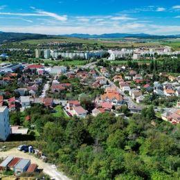 Ponúkame na predaj 3 izbový byt v novostavbe na Horskej ulici v Prešove, s prekrásnym výhľadom na celé mesto . Byt sa nachádza asi 10 minút pešej ...