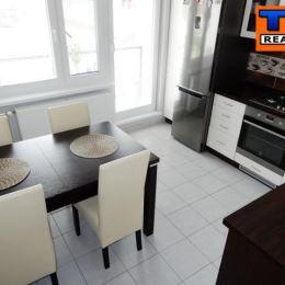 Na predaj 1 iz.byt v BAIV-Devínska Nová Ves. Byt sa nachádza na 1 poschodí. Orientácia bytu je na JZ. Výmera bytu je 39 m2 s lodžiou. K bytu ...