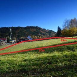 Exkluzívne na predaj stavebný pozemok v obci Turzovka, časť Turkov. Celková výmere je 1677m2 s rozmermi 20m x 85m. Pozemok je mierne svahovitý a ...