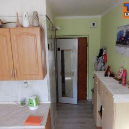 Na predaj 1 izbový byt s balkónom po čiastočnej rekonštrukcii v meste Zvolen časť Sekier o veľkosti 30m2. V byte sú nové plastové okná a podlahy ...
