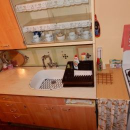 Na predaj pekný 2+1 izbový byt, Zvolen - centrum o veľkosti 56m2. Byt je v pôvodnom, ale zachovalom stave, má vymenené plastové okná, nachádza sa na ...