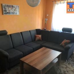 Na predaj 2+1 byt v Martine, časť Sever o výmere 57 m2. Nachádza sa v zateplenom bytovom dome, na 2/6 podlaží s novým výťahom. Orientovaný je na ...