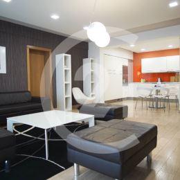 Dorián Szabó a CENTURY21 Golden Real Vám ponúkajú na prenájom nadštandardný 2i byt v novostavbe na Haviarskej ulici len 5 minút pešo od Hlavnej ...