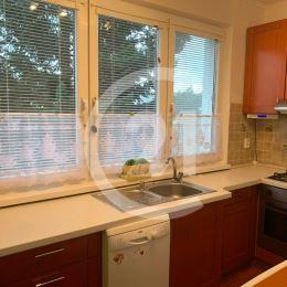 Ponúkame na predaj pekný 4-izbový byt vo vyhľadávanej lokalite sídliska Západ, na ulici Slobody. Byt s úžitkovou plochou 81 m2 je situovaný na ...