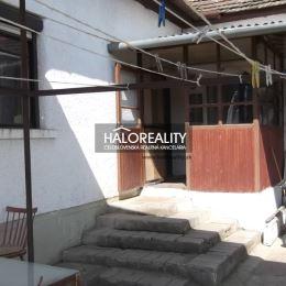 Predaj, rodinný dom Cabaj - Čápor, 8 km Nitra