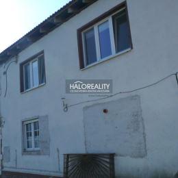 Ponúkame na predaj rozostavaný dom v okrajovej časti obce Sása. Dom leží na pozemku o celkovej výmere 626 m², orientovaný na V-J stranu. Spolu s ...