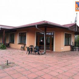 TUreality Vám ponúka na predaj objekt na podnikanie v obci Zbehy (momentálne sa tam nachádza reštauračná prevádzka), kde je možné zriadiť predajňu so ...
