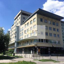 Na predaj výnimočný 2 - izbový byt s loggiou po celej dĺžke bytu a garážou v širšom centre mesta, 8 poschodie/10, tehlový bytový dom kolaudovaný ...