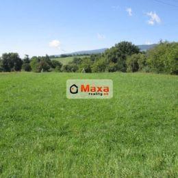 Ponúkame Vám na predaj pozemok v okrajovej časti obce Nitrianske Pravno pri Prievidzi. Pozemok má rovinatý charakter. Rozloha pozemku je 2506 m2 + ...
