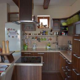 Ponúkame Vám na predaj rodinný dom so sedlovou strechou v obci Pitelová, vhodný na trvalé bývanie, ale aj na rekreačné účely. Dom prešiel ...