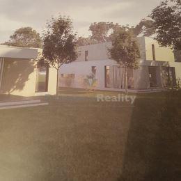 Na predaj rodinný dom s lukratívnou polohou na sídlisku III.