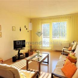 ALENA HOLOTOVÁ - DIAMOND REALITY HUMENNÉ - EXKLUZÍVNEHľadáte 3 izbový byt, ktorý veľkosťou plne nahradí byt štvôrizbový ? Hľadáte byt v dobrom stave ...