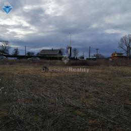 Ponúkam na prenájom pozemok v Prešove. Rozloha pozemku je 15 árov a nachádza sa v priemyselnej časti mesta smerom na sídlisko Sekčov. Pozemok má ...