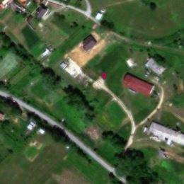 Me na predaj - STAVEBNÉ POZEMKY v POKOJNOM BÝVANÍ V NÁDHERNEJ SCENÉRII OBCE BREŽANY. Obec je vzdialená od mesta Prešov 13 km. POZEMKY SÚ PRIPRAVENÉ ...
