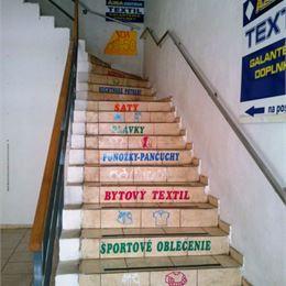 EXKLUZÍVNE na PRENÁJOM nebytový priestor v centre mesta Lučenec o rozlohe 800 m2 za skvelú cenu!!!
