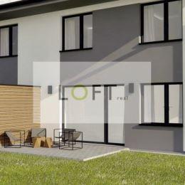 Ponúkame Vám na predaj novostavbu 5-izbového rodinného domu typu dvojdom v novej štvrti rodinných domov v Bernolákove. Dom je kompletne dokončený, ...