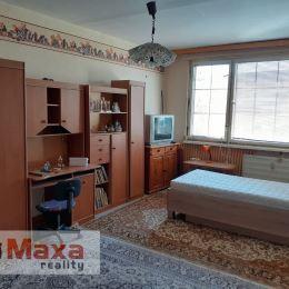 Ponúkame Vám na predaj 2-izbový byt v Topoľčanoch. Plocha bytu je 62m2, pivnice 2m2. Nachádza sa na 1. podlaží zo siedmych v bytovom dome s výťahom. ...